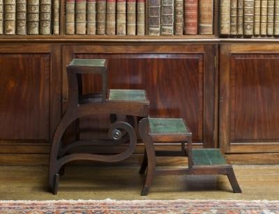 Старинный стул-стремянка