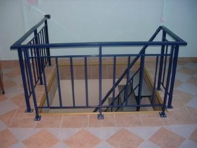 Лестничные стальные ограждения