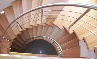 Перила на круглой лестнице