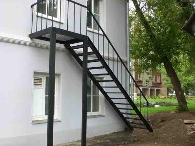 Модульная лестница из металла