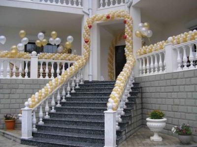 Декорирование ступеней на свадьбу