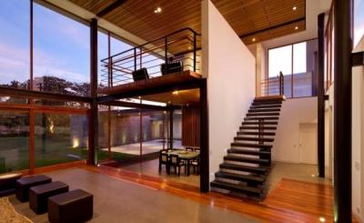 Малогабаритное лестничное сооружение