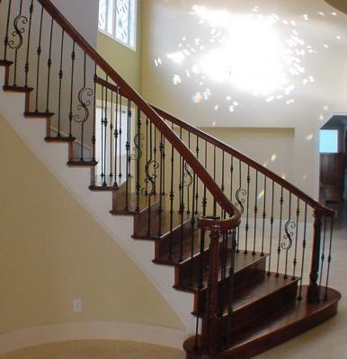 Опоры для лестничных конструкций