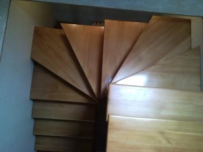 Изделие с забежными ступенями