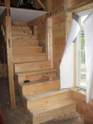 Лестничное сооружение с забежными ступенями