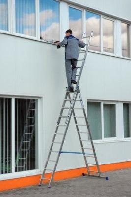 Высота лестницы может регулироваться