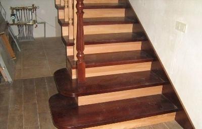 Обшитая лестница