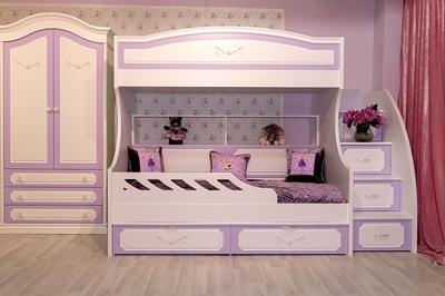 Двухъярусная кровать с ящиками и полками