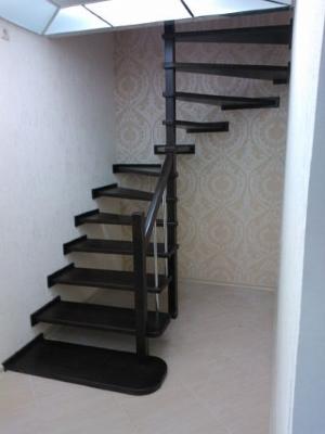 Фото полувинтовой лестницы