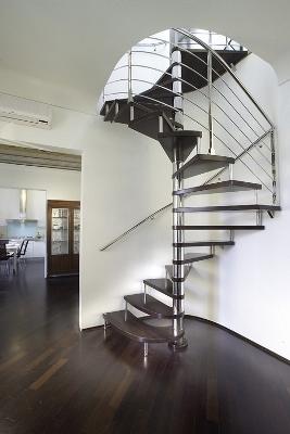 Комбинированная полувинтовая лестница