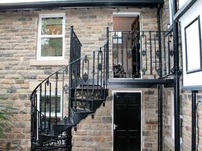 Полувинтовые лестницы на второй этаж своими руками