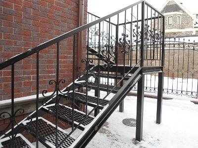 Маршевая конструкция металлической лестницы