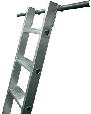 Лестница приставная с дополнительными крюками