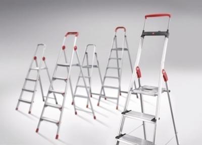 Самая популярная модель складной лестницы – стремянка