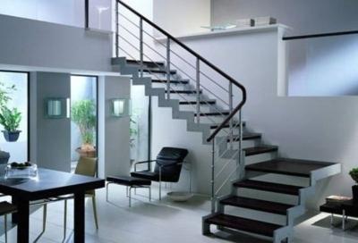 Сборная поворотная лестница