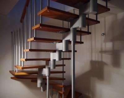 Модульная сборная лестница
