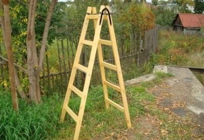 Самодельная деревянная стремянка
