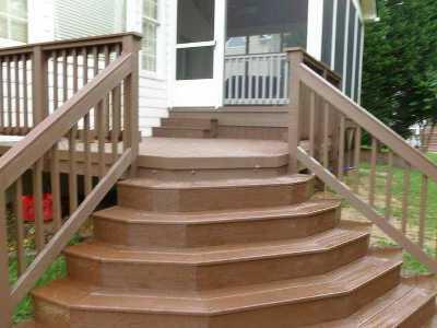 Полукруглая входная лестница