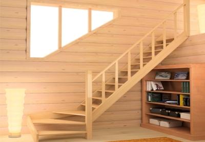 Лестница из дерева с поворотом