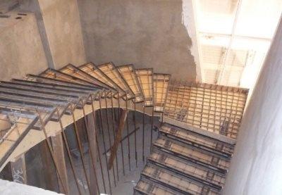 Изготовление лестницы из бетона