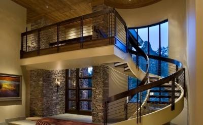 Отделка лестницы у входа
